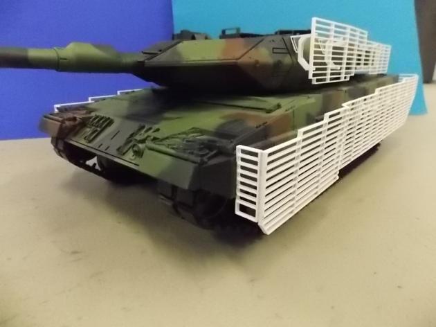 Leopard 2A6M Gitterschutz